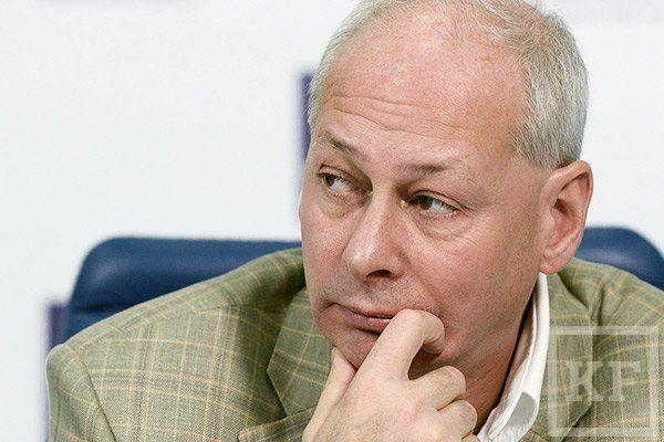 ВЦИОМ: Газеты читают сторонники КПРФ, пенсионеры и малообразованные