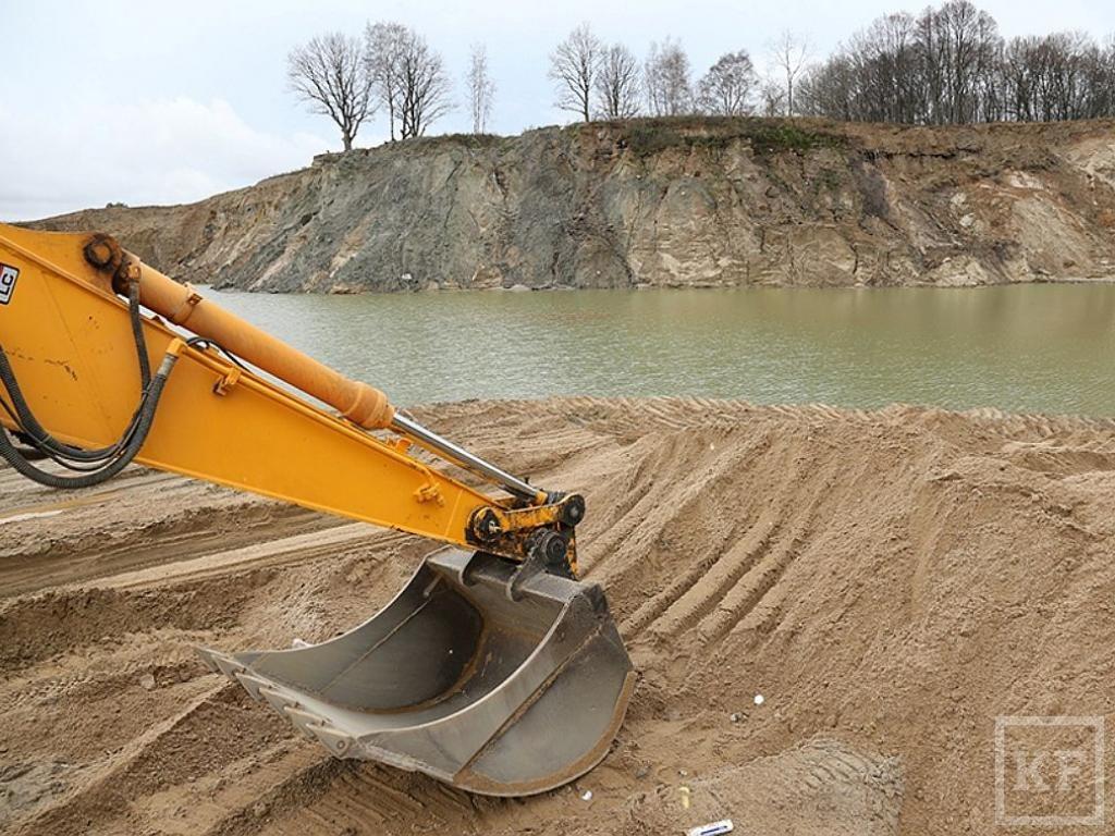 Волга и ее притоки могут стать небезопасными для судоходства из-за незаконной добычи песка