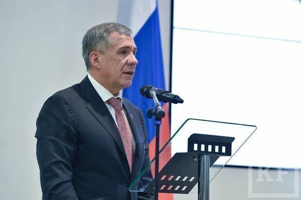 «Из России к нам напрямую Москва летает. Только Казани нет. Все в Уйгурском автономном округе — мусульмане — хотят поехать в Татарстан»