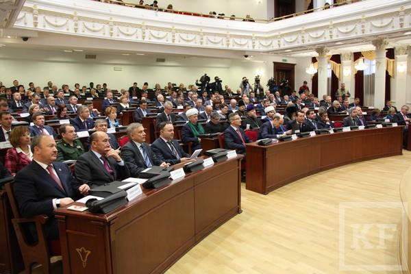 Рустам Минниханов раскритиковал республиканских чиновников за недостаточную работу с молодежью