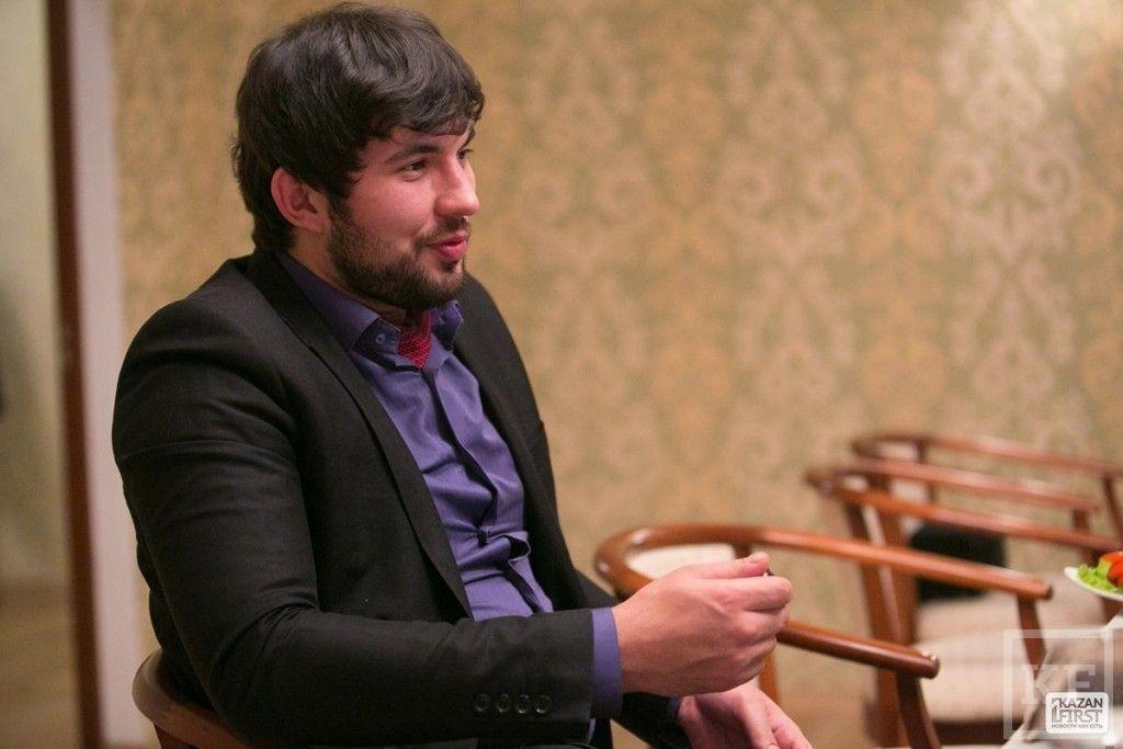 Бари Алибасов-младший: «Если бы не авиакатастрофа, ракеты и другие происшествия, у человека, приехавшего в Татарстан, сложилось бы ощущение, что эта республика — будущее России»