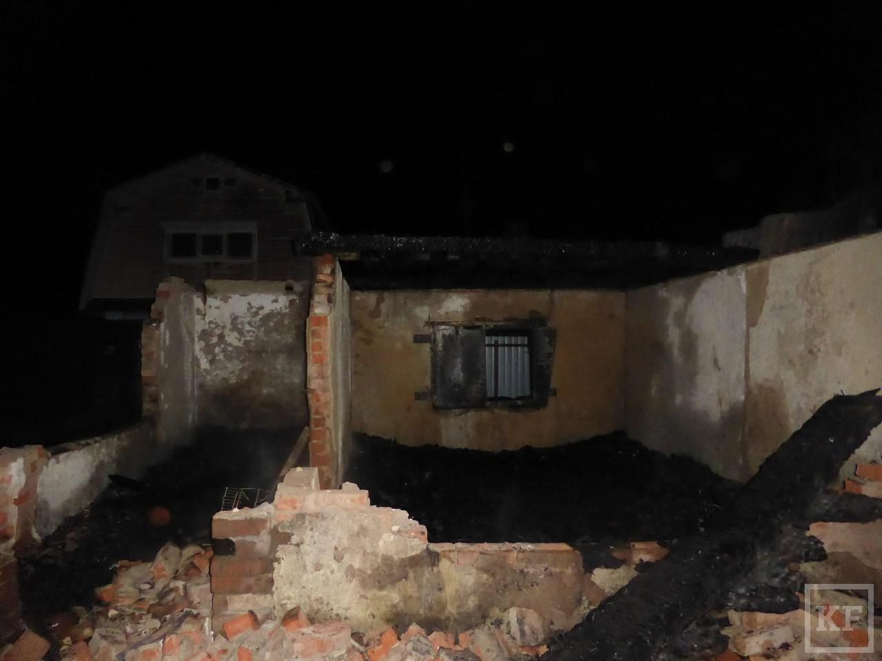 Житель Нижнекамска, пытаясь спасти дачный дом от огня, получил 90% ожогов тела