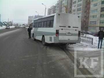 В Альметьевске рейсовый автобус сбил насмерть пешехода