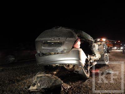 В Елабужском районе в страшной аварии погибли два ребенка и их мама