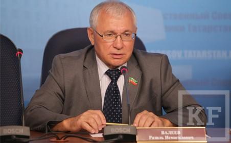 Госсовет Татарстана отклонил поправку в федеральный закон об образовании, ставящую под угрозу преподавание татарского языка в школах