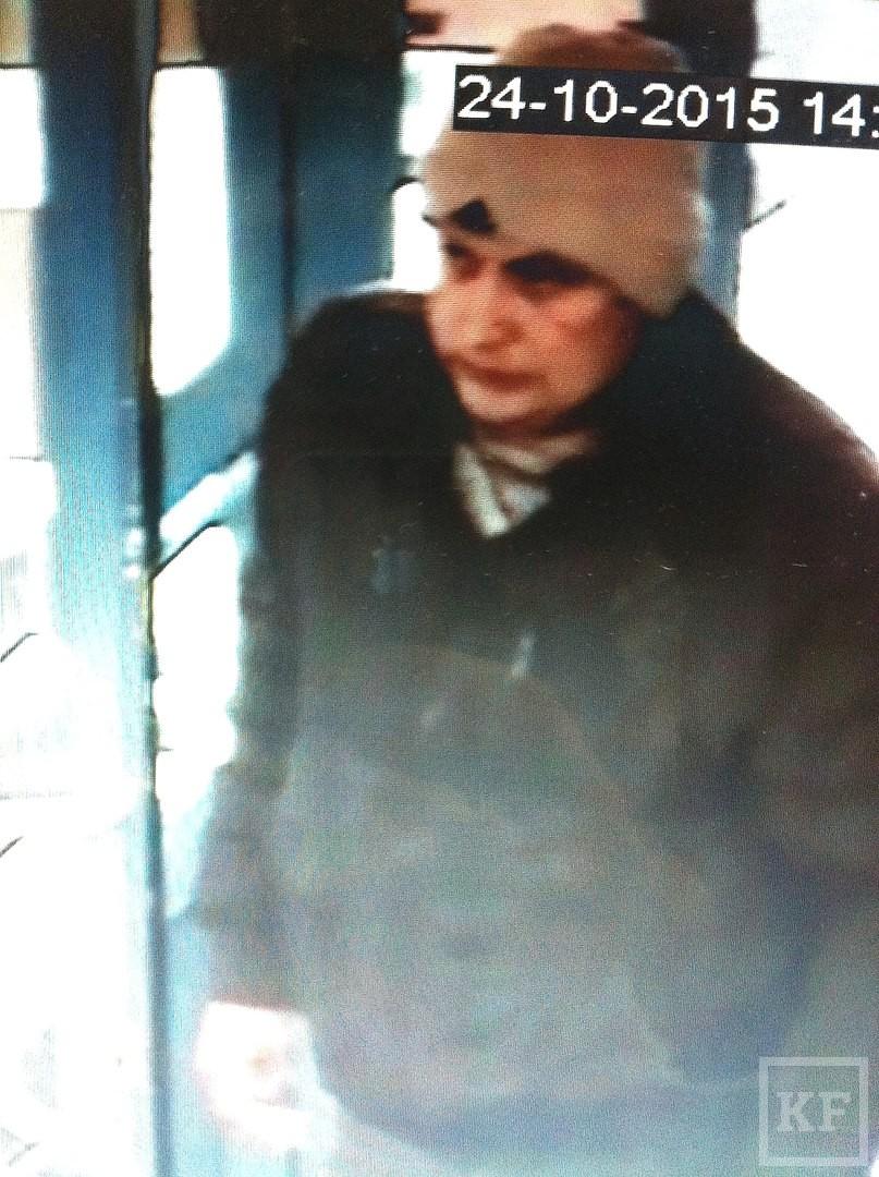 В Нижнекамске посетитель кафе, не оплативший счет, ударил официанта ножом