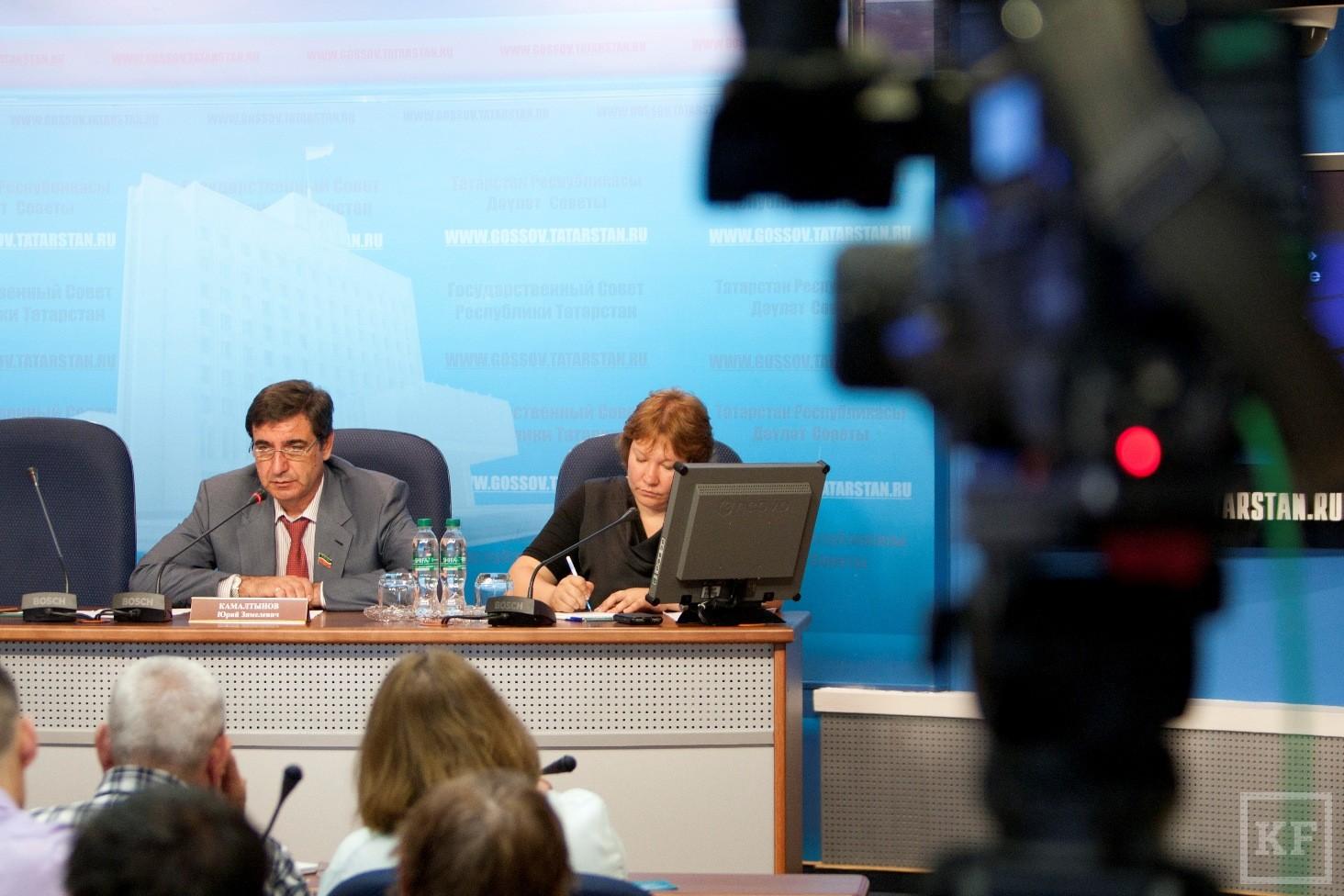 «Единая Россия» претендует на муниципальных выборах на 75-80% голосов