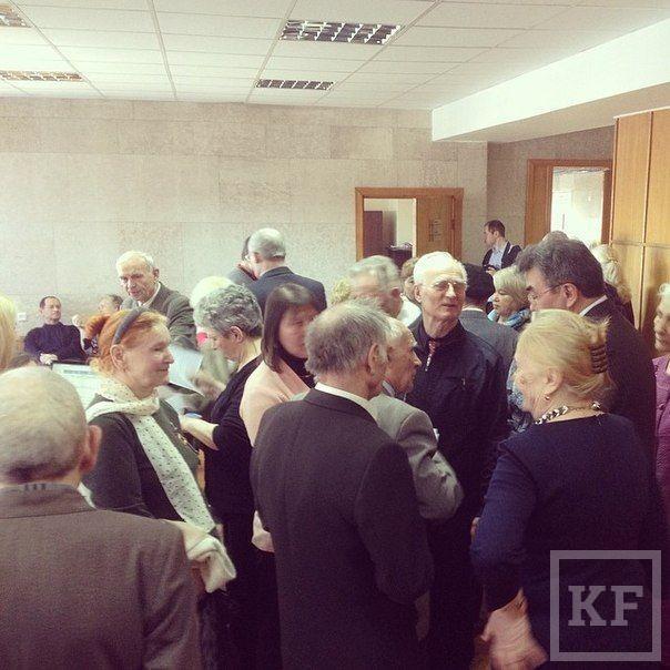 Активисты «народной инспекции ЖКХ» оккупировали приемную главы исполкома Набережных Челнов