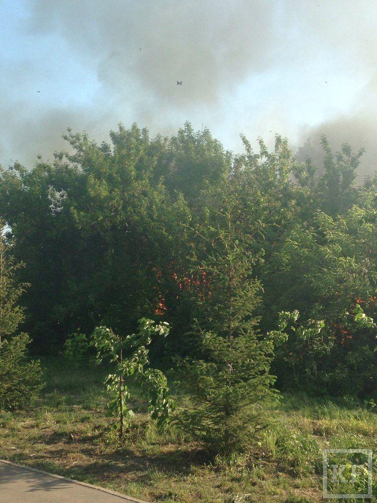 Напротив станции метро «Козья Слобода» в Казани начался пожар