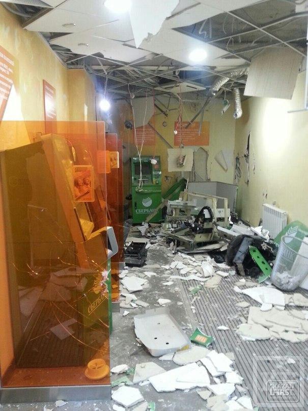 Сбербанк в Челнах взорвали с помощью газа