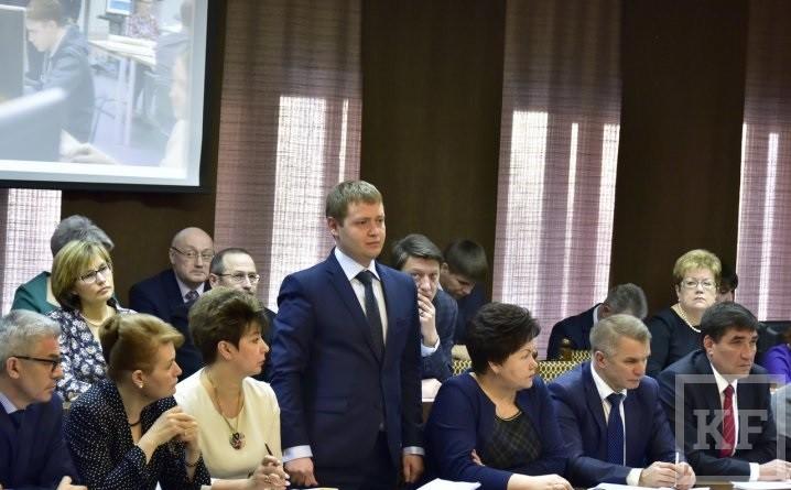 Магдеев представил новых руководителей исполкома Челнов