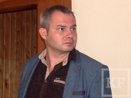 Челнинские оппозиционеры отказались покидать помещение местной избирательной комиссии после решения не допускать их к участию в выборах