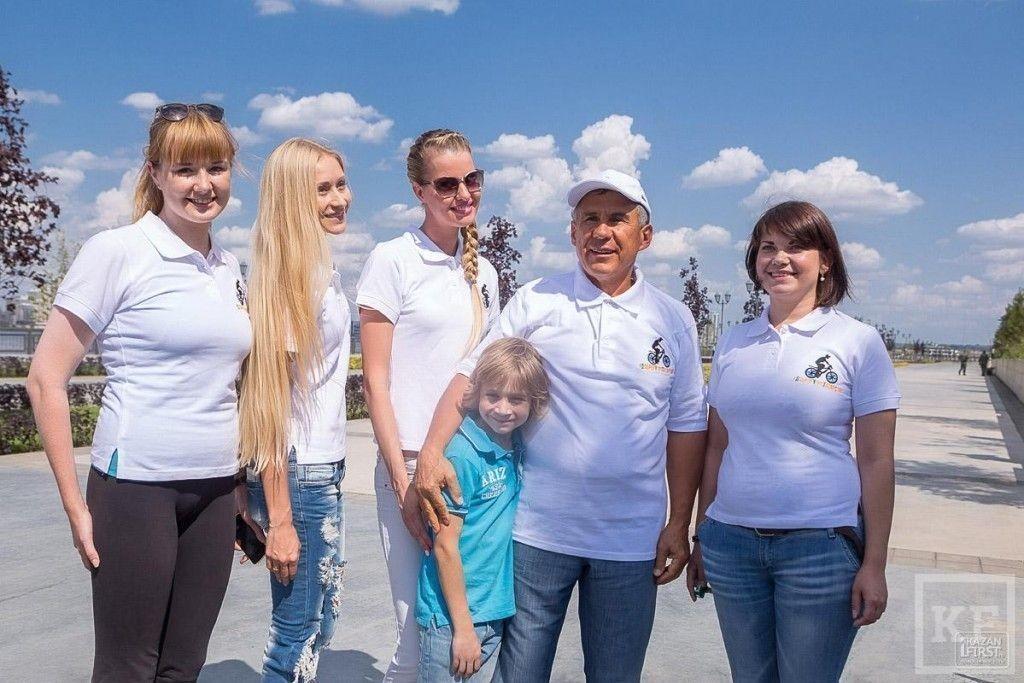 Встреча Рустама Минниханова с организаторами флешмоба «Доброе утро, Татарстан»