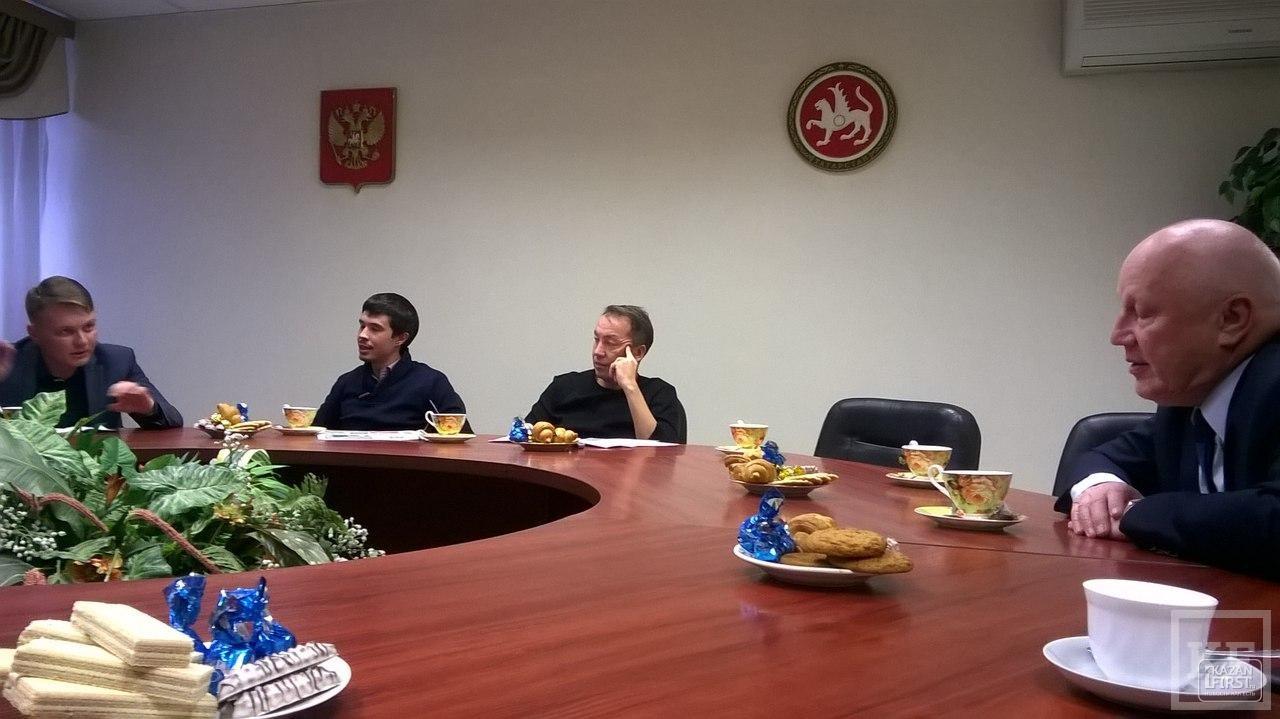 Татарстану нужен один временной пояс с Москвой или с соседними регионами — вот в чем вопрос