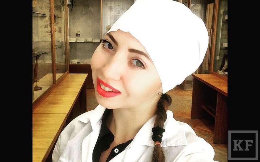 Прокуратура Татарстана начала проверку после опасного селфи студентки-медика и младенца
