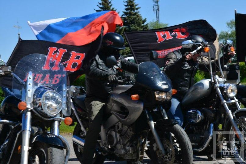 Более 100 байкеров открыли в Елабуге мотосезон