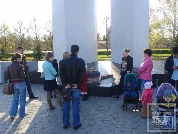 В Нижнекамске зажгли свечи в память о жертвах беспорядков в Одессе
