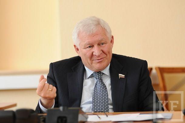 Поправка для Минниханова: «У каждой республики должны быть атрибуты государственности: в Татарстане это герб, флаг, гимн и руководитель-президент»