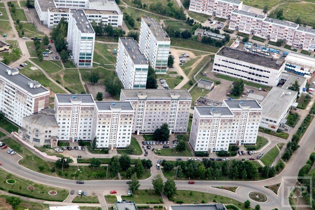 Вот скакнуло: как у коммунальщиков Нижнекамского района вышли из строя 25 лифтов