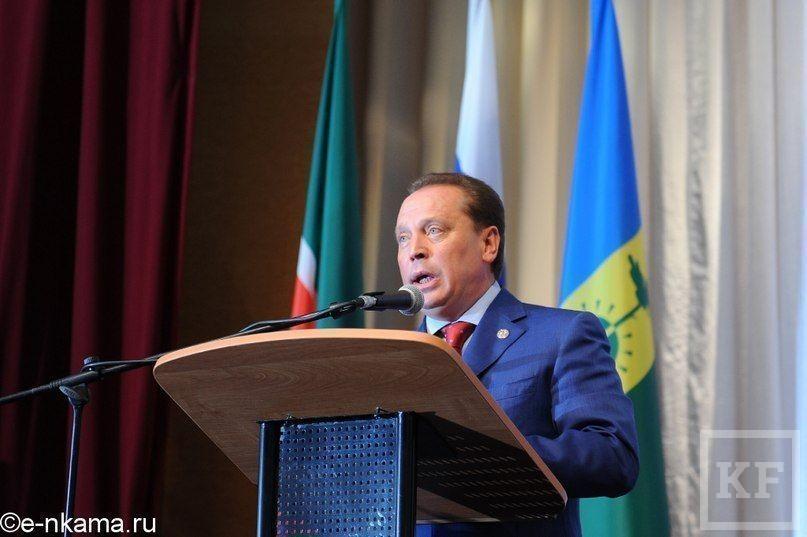 Рустам Минниханов: «Вы рожайте, а мы будем строить детсады и школы»