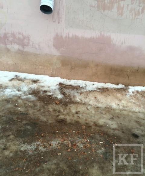На жителей Лениногорска с крыш льет талая вода — «Народный контроль»