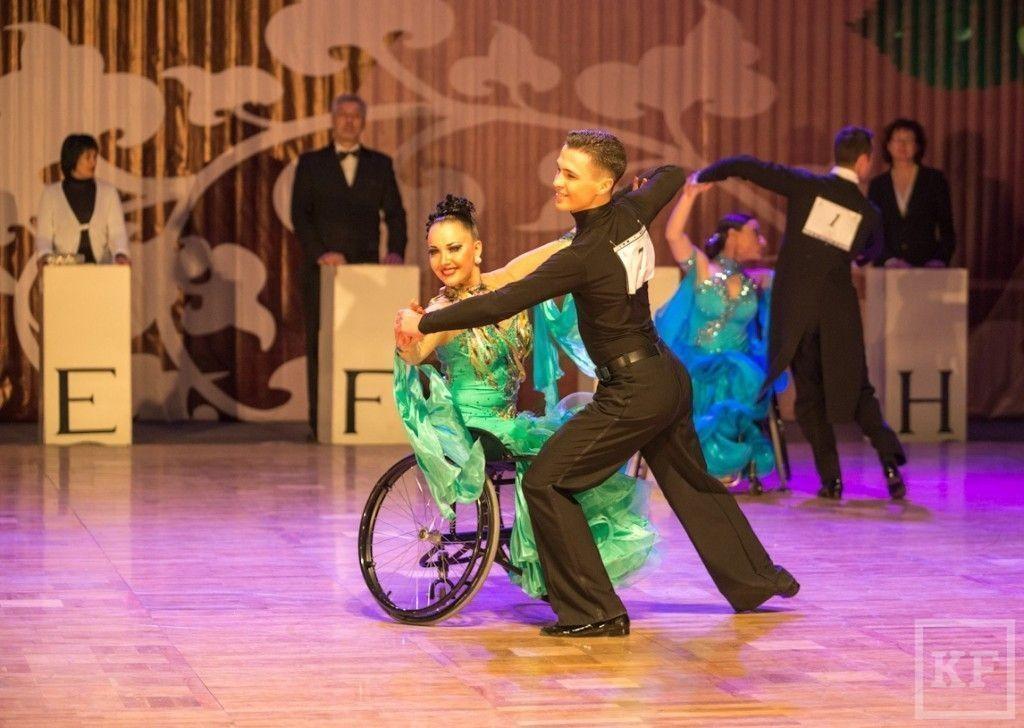 Международные соревнования по танцам на колясках прошли в Набережных Челнах