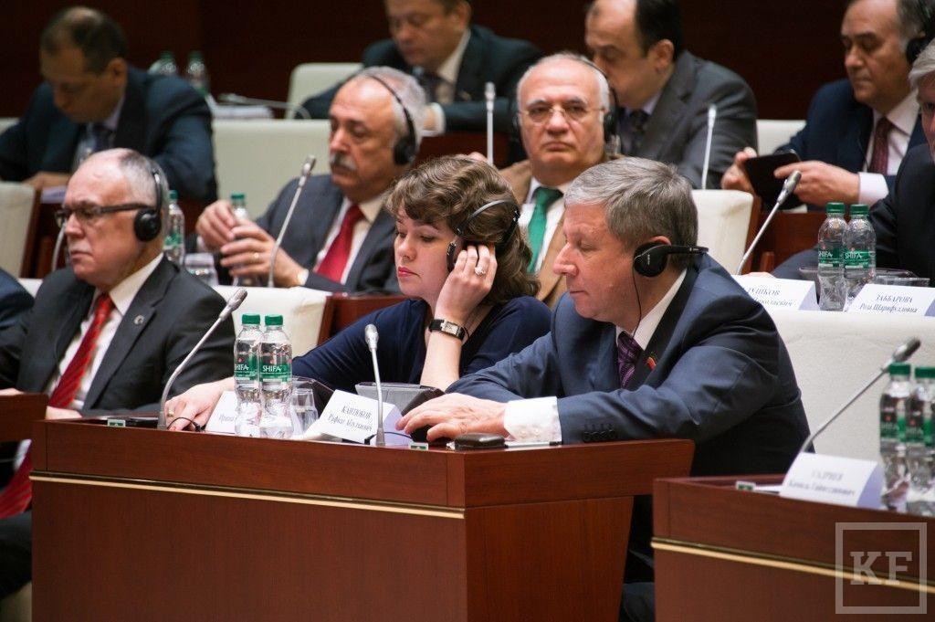Энгель Фаттахов объявил модернизацию образования: Госсовет РТ опасается повышения платы за детсады
