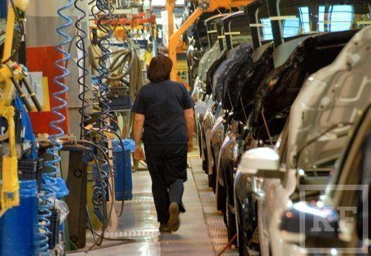 Ford Sollers готов заплатить по пять окладов рабочим, которые согласятся на увольнение