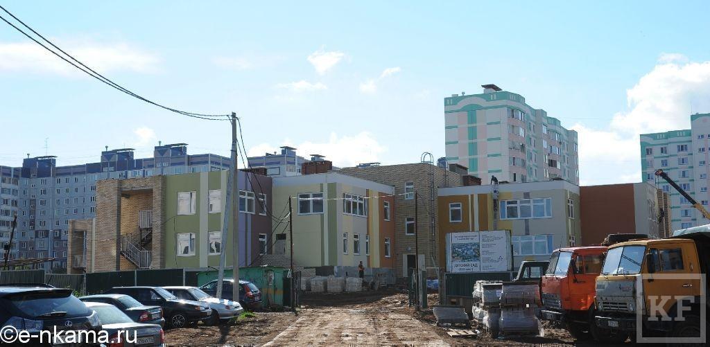 «Они снимают сливки – продают жилье и не строят дороги»