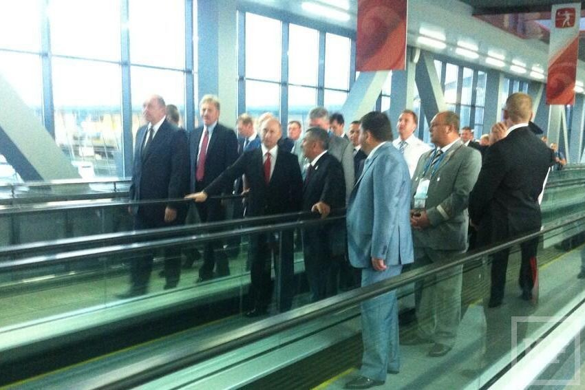 Открытие Универсиады: Путин осмотрел терминал 1 аэропорта Казань и на аэроэкспрессе прибыл на ж/д вокзал (фото)