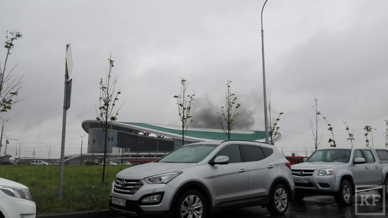 Фанаты ЦСКА подожгли «Казань Арену» во время матча с Рубином