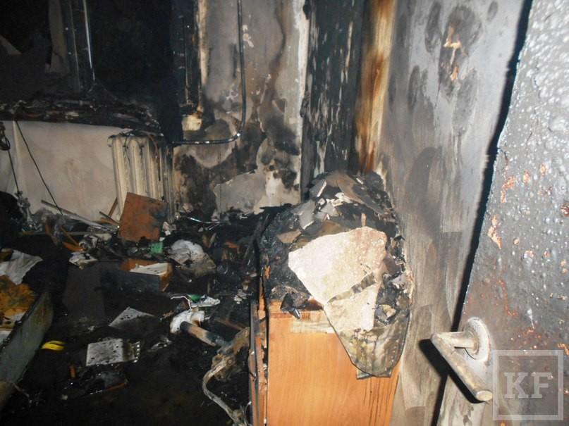 В Челнах из-за вспыхнувшего компьютера из дома эвакуировали 12 человек, пострадал ребенок