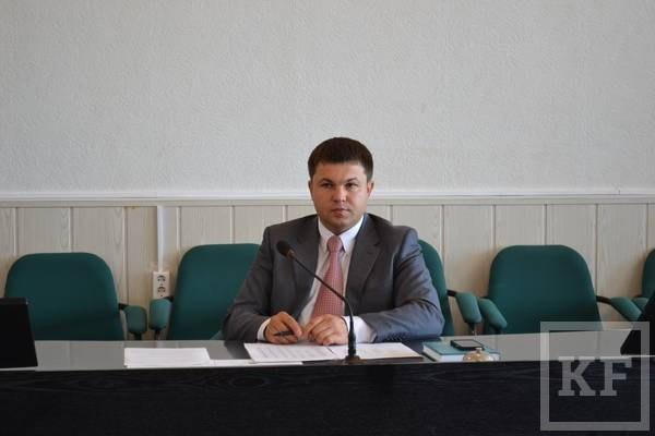 Глава Чистопольского района продолжает структурные перестановки в администрации