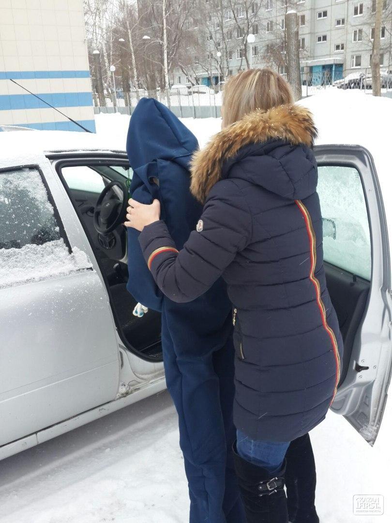 В Татарстане девушка обвиняет сотрудников ГИБДД в избиении и незаконном задержании, а они ее — в нетрезвом вождении и ложном доносе