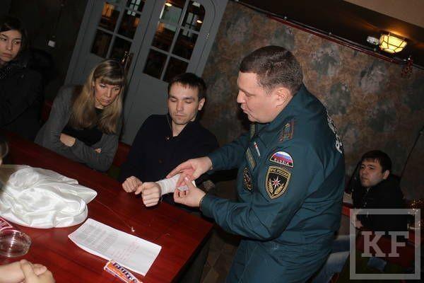 Работников баров и ресторанов Казани вооружили противопожарной теорией и практикой