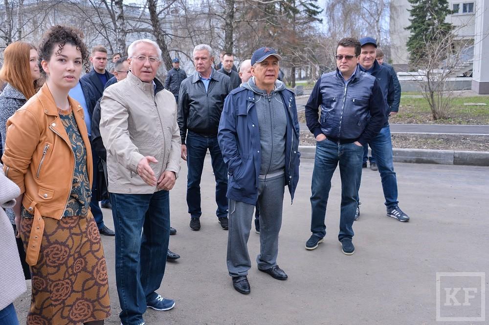 Минниханов поручил подготовить проект обустройства сквера за библиотекой Лобачевского