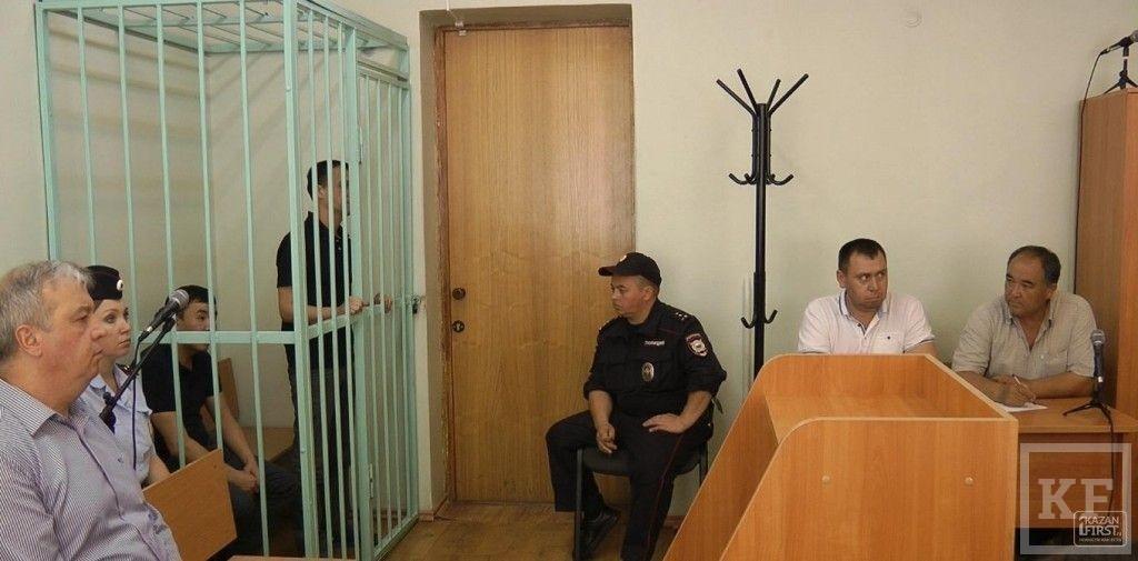 В Казани осудили лжесотрудников миграционной службы