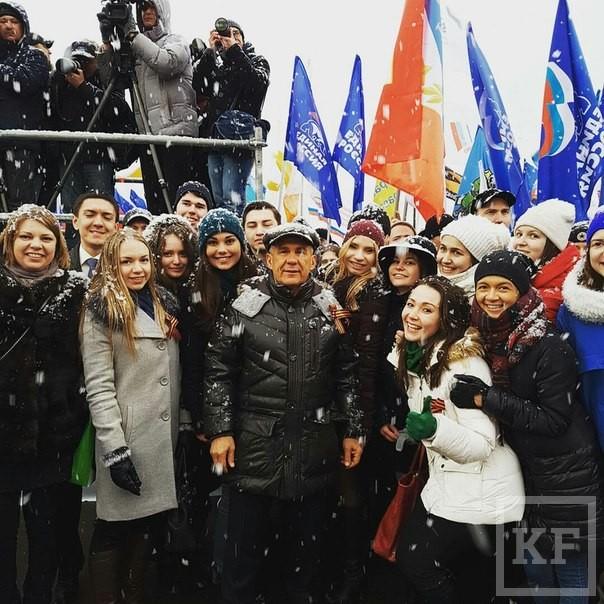 «Вконтакте» Минниханова: участницы митинга за Крым и Россию