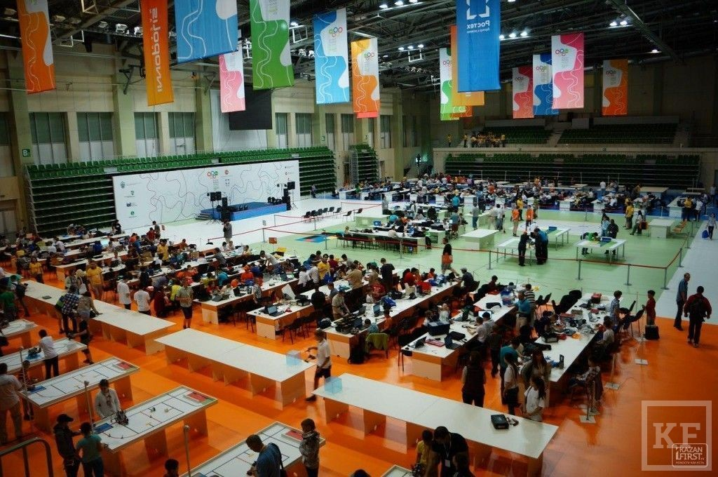 Всероссийский этап всемирной олимпиады по робототехнике. День первый