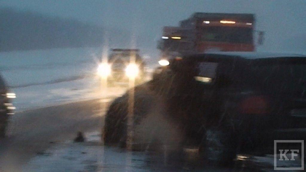 Стали известны подробности аварии на трассе Казань-Оренбург