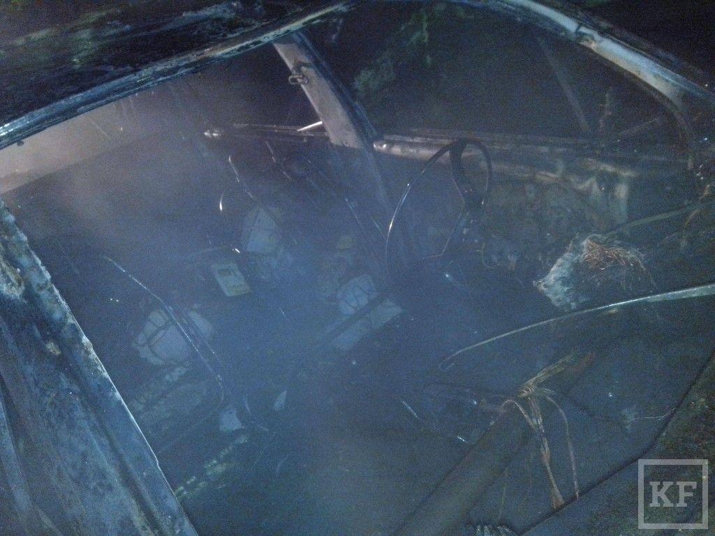 В Татарстане сгорела иномарка