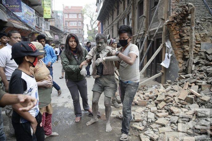 Число жертв землетрясения в Непале превысило 1450 человек