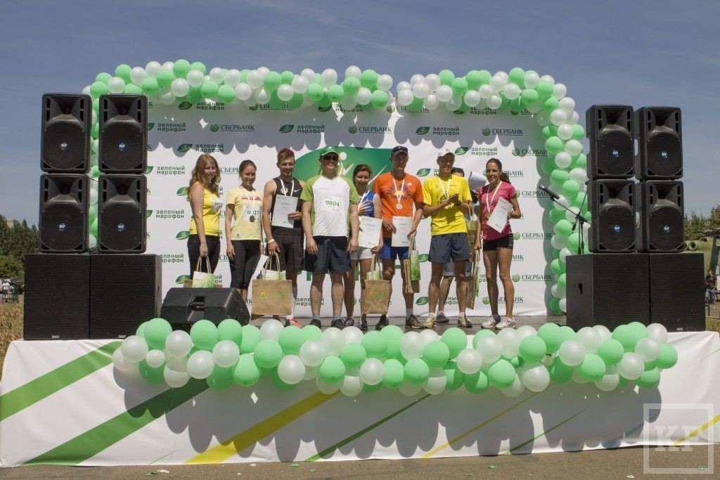 Сбербанк устроил «Зелёный марафон» в Парке Победы