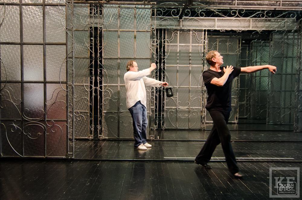 Рустам Исхаков оденет Илью Славутского в джинсы на «Женитьбу Фигаро»