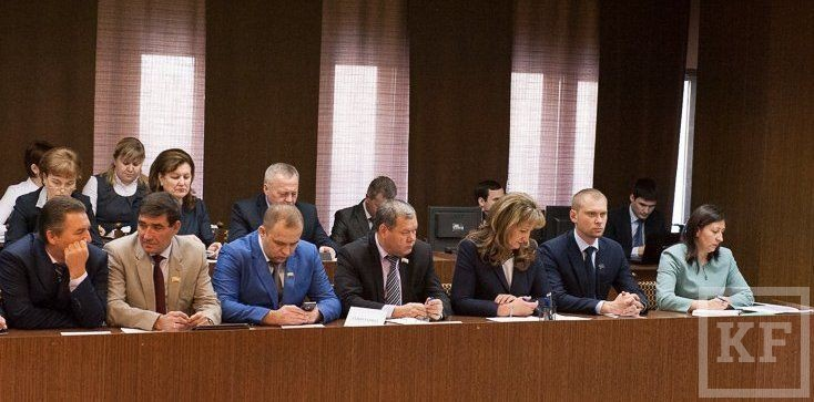 Депутаты горсовета Набережных Челнов приняли бездефицитный бюджет-2015