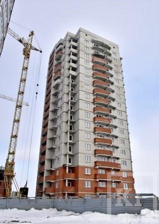 Строительство «проблемного» дома  65/05 в Челнах завершится в августе этого года