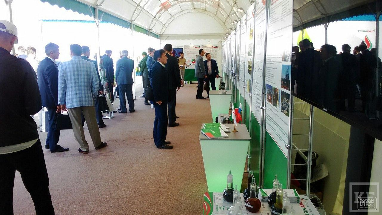 Рустам Минниханов прибыл на нефтяной саммит Татарстана
