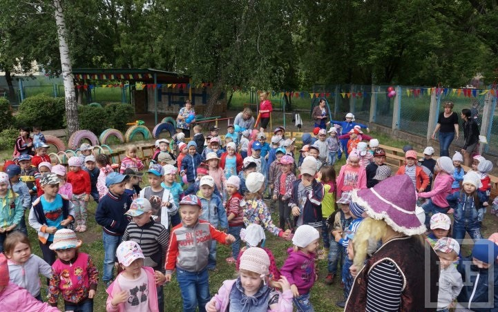 В Челнах воспитанники детсада собрали 1,3 т макулатуры и спасли 13 деревьев