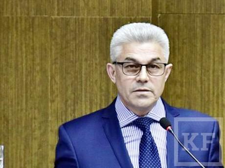 Депутаты горсовета Челнов не могли поверить, что деньги на ремонт внутриквартальных дорог уйдут одной УК «Махалля»
