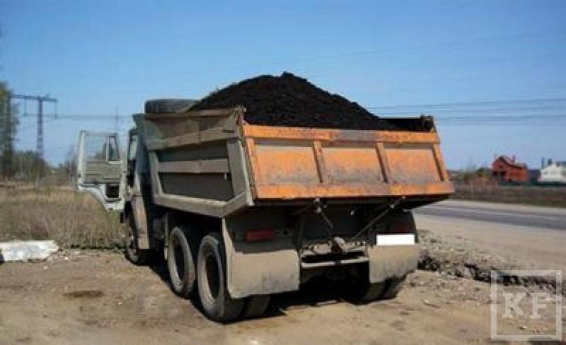Республика пытается вести охоту на «черных копателей», незаконно добывающих плодородные слои земли